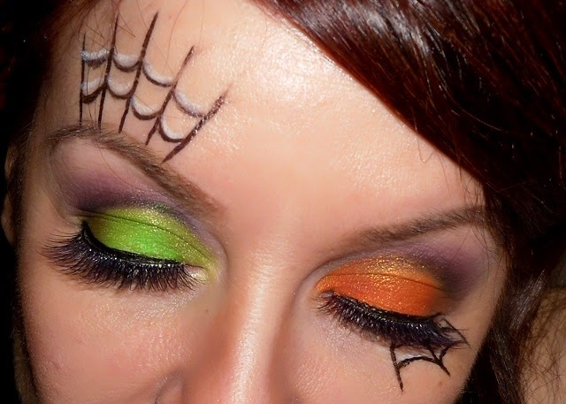 01-halloween-web-witch-makeup-look