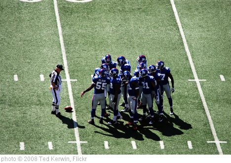 'Giants Defense Huddle' photo (c) 2008, Ted Kerwin - license: http://creativecommons.org/licenses/by/2.0/