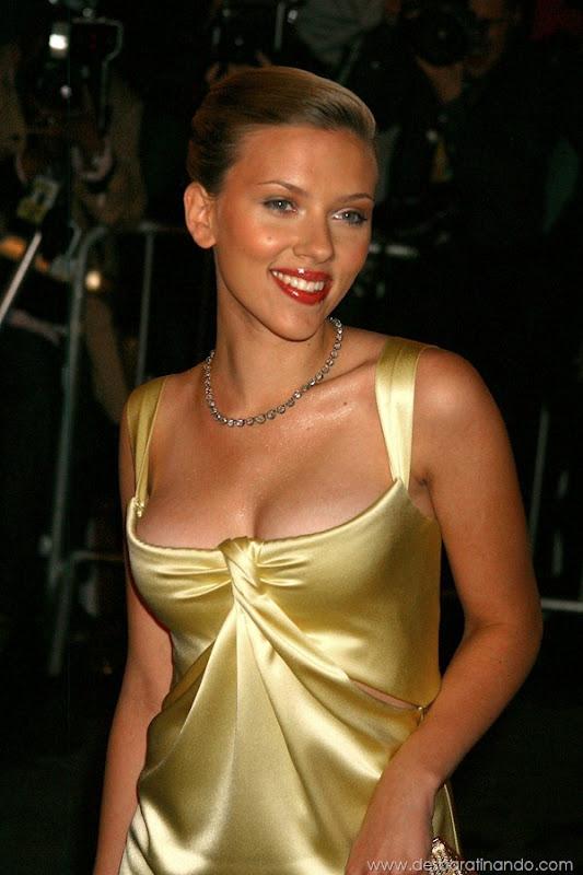 scarlett-johansson-linda-sensual-sexy-sexdutora-tits-boobs-boob-peitos-desbaratinando-sexta-proibida (474)