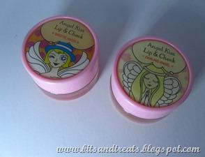angel kisses, by bitsandtreats