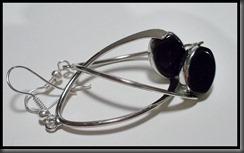 sorte øredobber