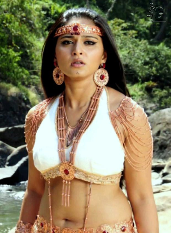 Anushka Hot in Bad Boy Movie
