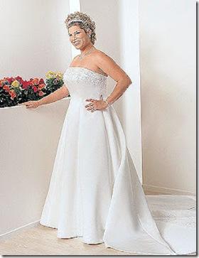 vestido para novia gordita de cola larga con accesorios en cuello y manos 2013