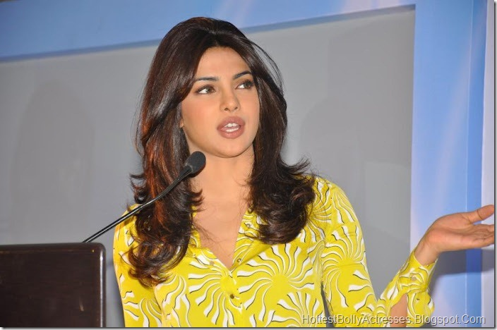 Priyanka Chopra Sexy Pics in Yellow Dress 2