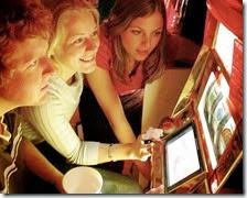 1,2 milioni di ragazzi sotto i 18 anni gioca d'azzardo