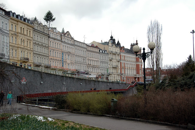 "Taken at Latitude/Longitude:50.227971/12.876616. 0.65 km South-East Karlovy Vary Karlovarsk?Kraj Czech Republic <a href=""http://www.geonames.org/maps/google_50.227971_12.876616.html""> (Map link)</a>"
