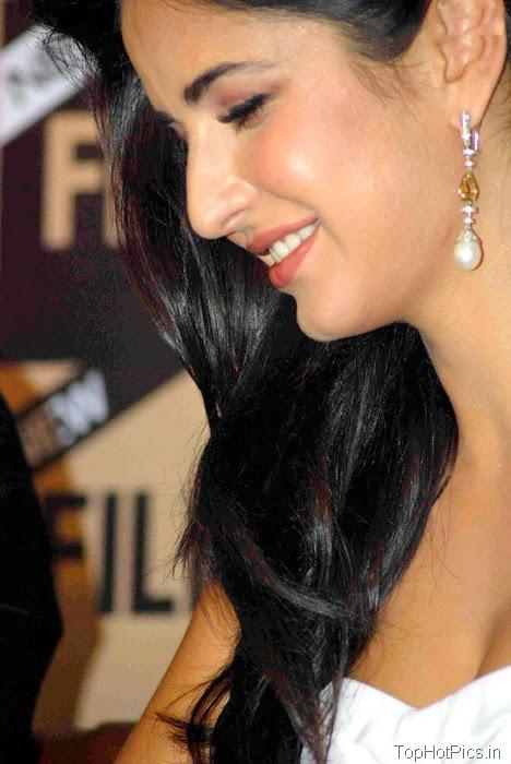 Katrina Kaif Navel Show Pics in White Dress 3
