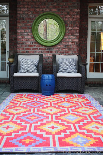 High Quality Outdoor Space With Colorful Rug
