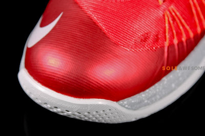 nike lebron 10 low gr ohio state 1 10 First Look at Nike Air Max LeBron X Low Ohio State