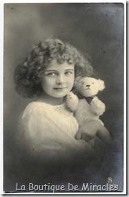 little-girl-with-bear-s