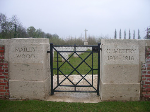 War Graves-Mailly Wood British