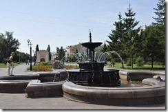 07-31 031 omsk fontaine et porte tarskaia