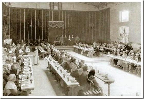 1909 comedor casa de la asociacion valenciana de caridad