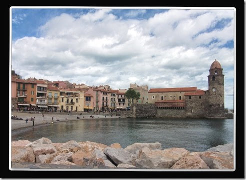 Piedra, mar y nubes. Collioure. LCL