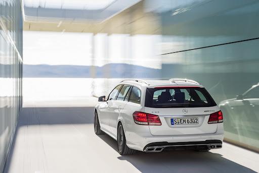 Mercedes-Benz-E-63-AMG-22.jpg