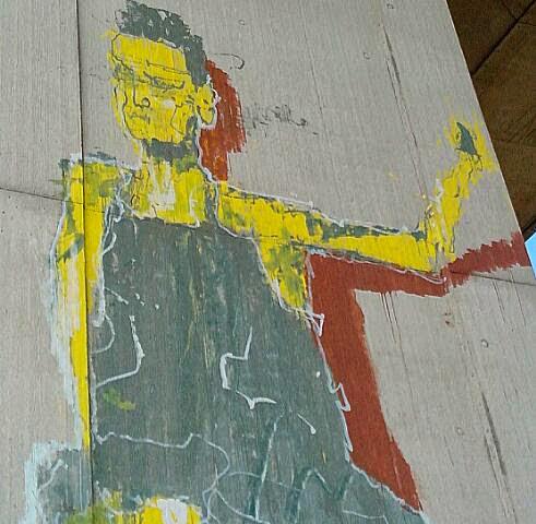 Graffiti und Streetart unter Autobahnbrücke
