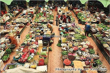 Siti Khadijah Central Market Pasar Besar Kelantan home made kuehs, cakes, fresh keropok lekor, Laksam, Ayam golek percik, Nasi Kerabu Dagang freshly picked home grown vegetables, fresh seafood fishing villages, kampung fruits