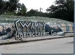 7994 Swampy World's Largest Gator, Jungle Adventures, Christmas, Florida