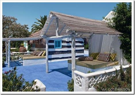 255535_cabanes-au-portugal-un-air-de-liberte