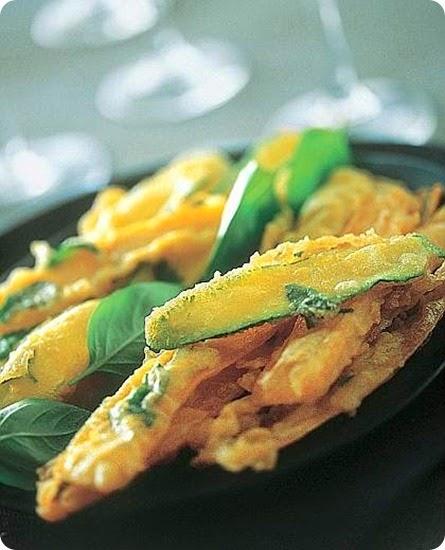 Nastri di zucchine e carote novelle al basilico