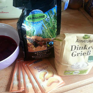 Gooseberry compote on semolina pudding