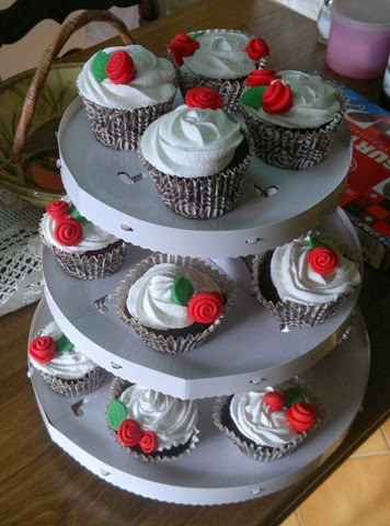 Cupcakes de xocolata amb roses