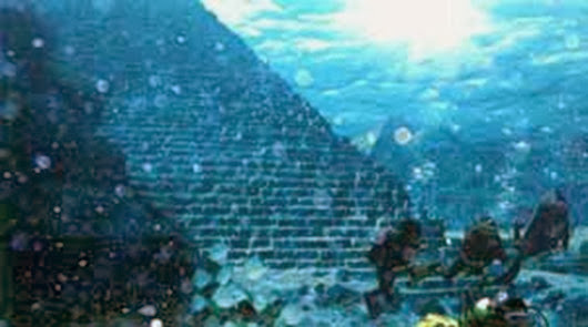 64486783_piramid2