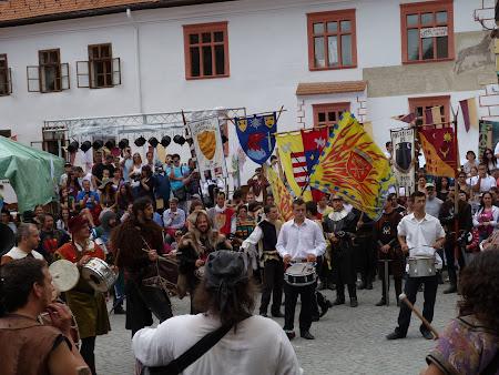 Turism in  Romania: cavaleri