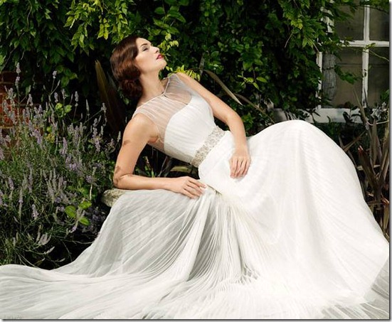 suzanne-neville-wedding-dress-2012-nostalgia
