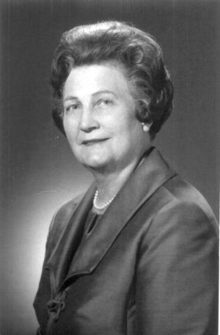 Estella Stapley portrait