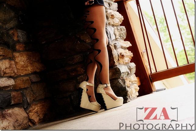 002 legs 1 ZA