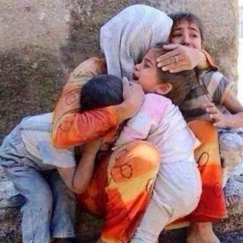 gaza - mothers are the only shelter