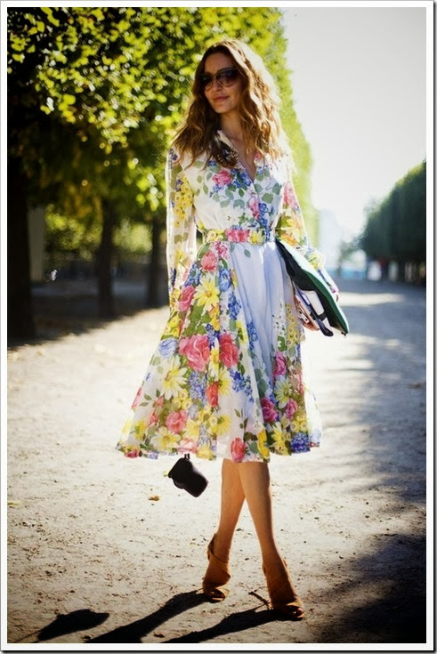 Floral-dress-street-style