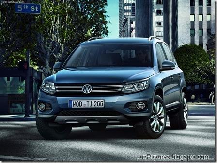 Volkswagen-Tiguan_2012_800x600_wallpaper_03