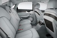2014-Audi-A8-24.jpg