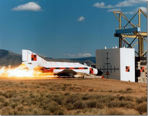 Teste de colisão com um ônibus espacial (1)