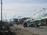 Trikora - traffic on Jl Trikora, Wamena (Ricky Munday, Nov 28, 2010)