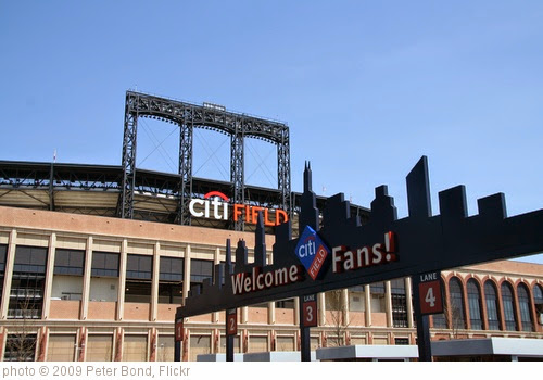 'Citi Field' photo (c) 2009, Peter Bond - license: https://creativecommons.org/licenses/by-sa/2.0/
