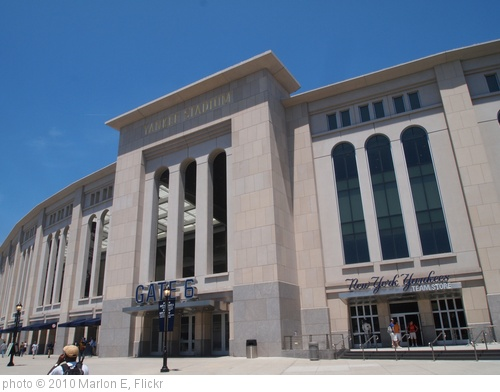 'Yankee Stadium' photo (c) 2010, Marlon E - license: http://creativecommons.org/licenses/by-sa/2.0/