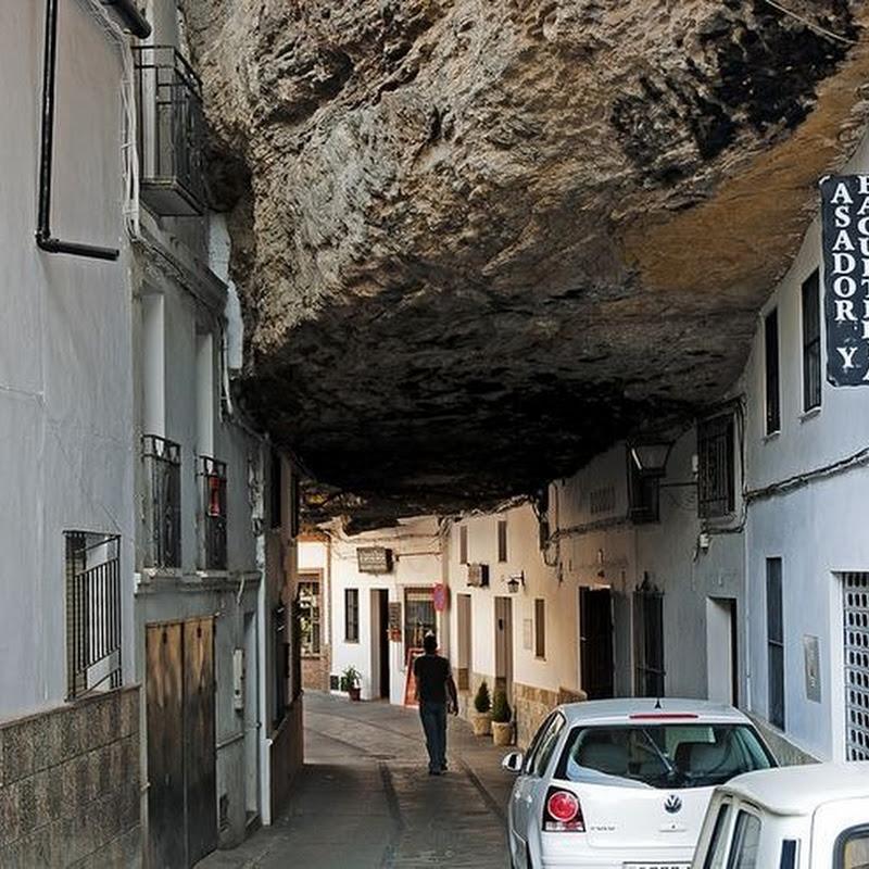 Setenil de Las Bodegas – the City Built Into the Rocks