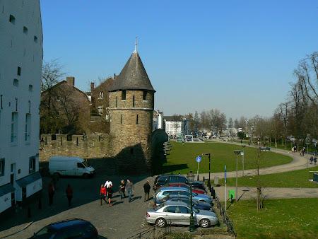 Imagini Olanda: zidurile cetatii Maastricht