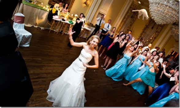 cat-toss-weddings-10