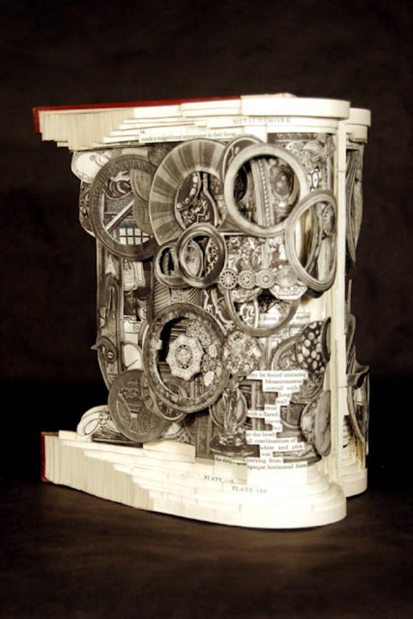 brian Dettmer - arte com livros  (1.1).jpeg