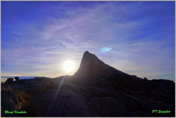 阳光与山峰