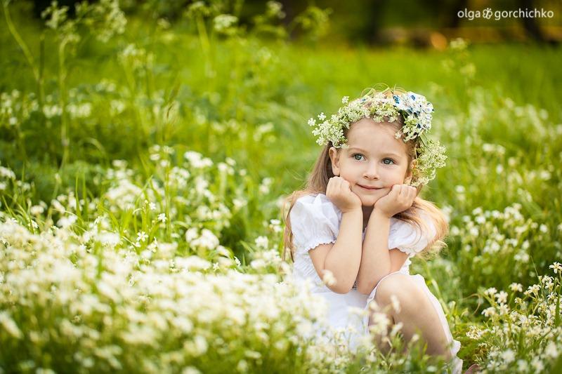 Машенька и весенние цветы