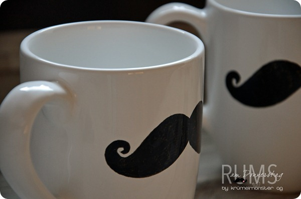 DIY Moustache Cups (7)