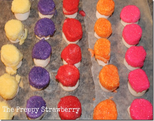 Dr. Seuss Truffula Treats {The Preppy Strawberry}