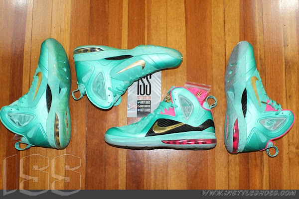Nike LeBron 9 PS Elite 8220Statue of Liberty8221 PE Has a Twin
