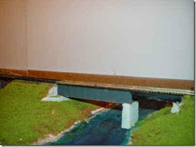CC-Building Layout 09 - Bridge over Fox River at Mukwonago