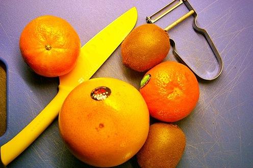 Säsongens frukt med verktyg